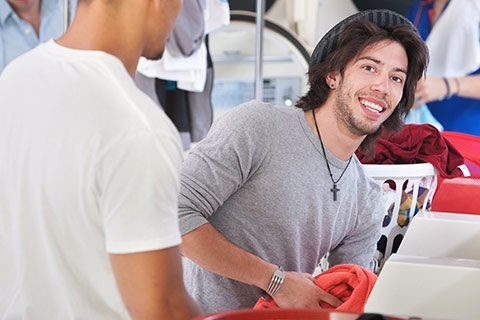 Bring in Warmth by Washing Bedding at Your Laundromat in Kalamazoo