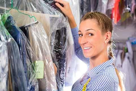 Looking for Best Dry Cleaner Nearby? Look No Further!